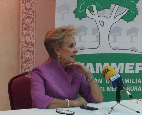Carmen Quintanilla, presidenta de AFAMMER, en rueda de prensa el 13 de octubre de 2015. Imagen: AFAMMER