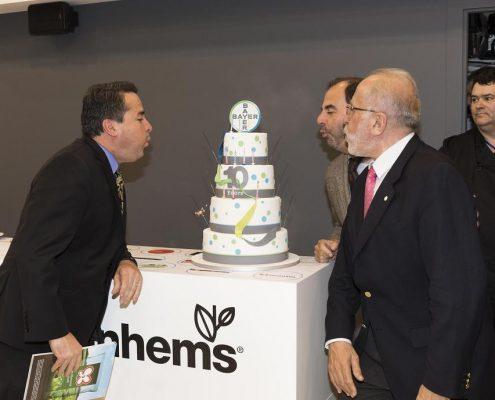 Adonay Obando, director general de Bayer CropScience Iberia, (primero por la izquierda), durante un momento de la celebración de los 10 años de Food Chain Partnership. Imagen: BAYER