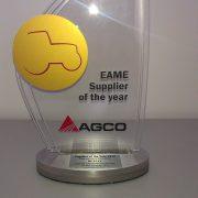 Mitas galardonado por AGCO como Proveedor del Año 2015. Imagen: Mitas
