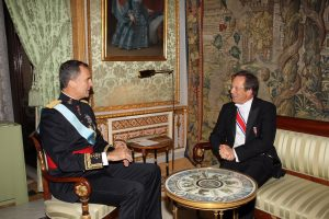 S.M., el Rey de España, Felipe VI, y el embajador de Holanda, Matthijs van Bonzel