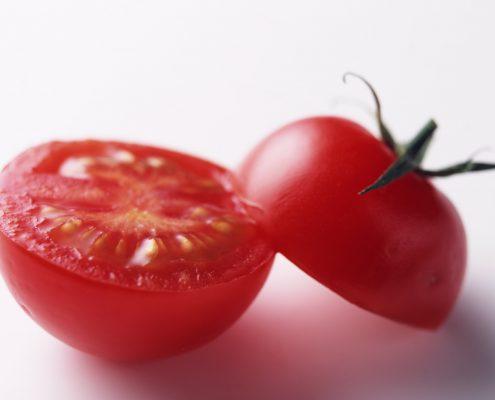 tomato-s-5-1488999-1918x1361