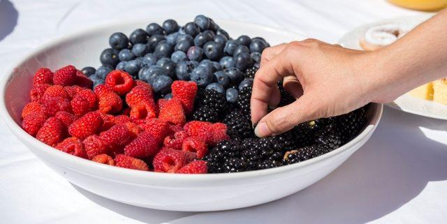 Los berries protagonizaron la pausa para el café de este evento.
