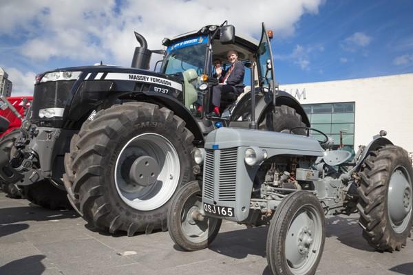 Filtro de aceite de Tractor Ford 3000 4000 4100 4600 5000 6600 7600-Giro en corto