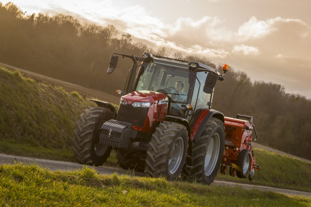 The Dyna-4 transmission expands the options of the Massey Ferguson ...