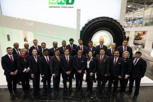 Equipo de BKT en la pasada edición de BAUMA 2019
