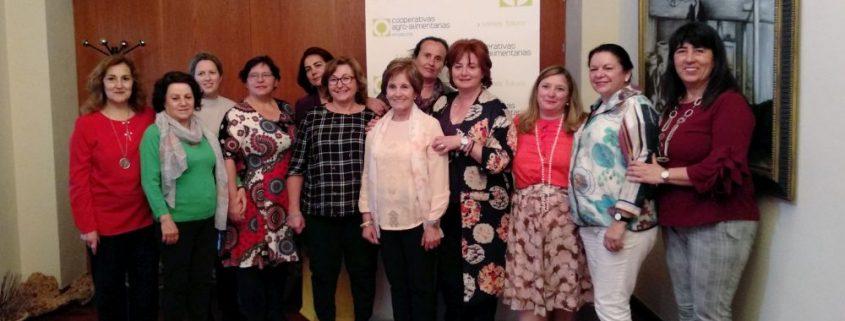 Las Mujeres dan un paso al frente en las cooperativas